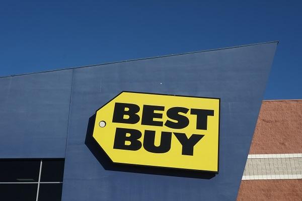 ۵ فروشگاه اینترنتی برتر برای خرید در بلک فرایدی یا جمعهٔ سیاه